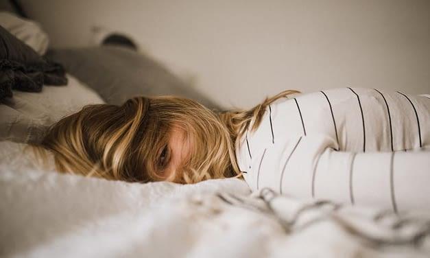 Warum Tinnitus bei Erkältung lauter wird (und was dagegen hilft)